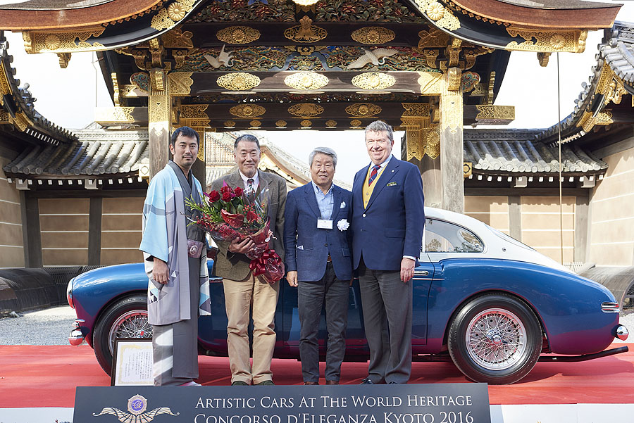 artistic_cars_at_the_world_heritage_concoroso_eleganza_kyoto_dsc1105