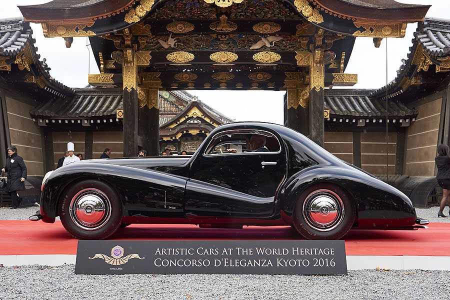 artistic_cars_at_the_world_heritage_concoroso_eleganza_kyoto_dsc1249