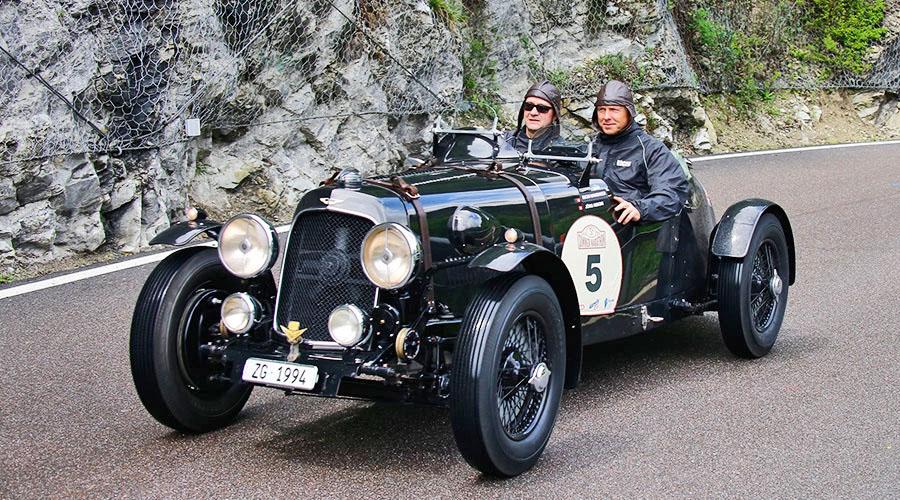 1-assoluto_Aston Martin 15:98 Roadster del 1937